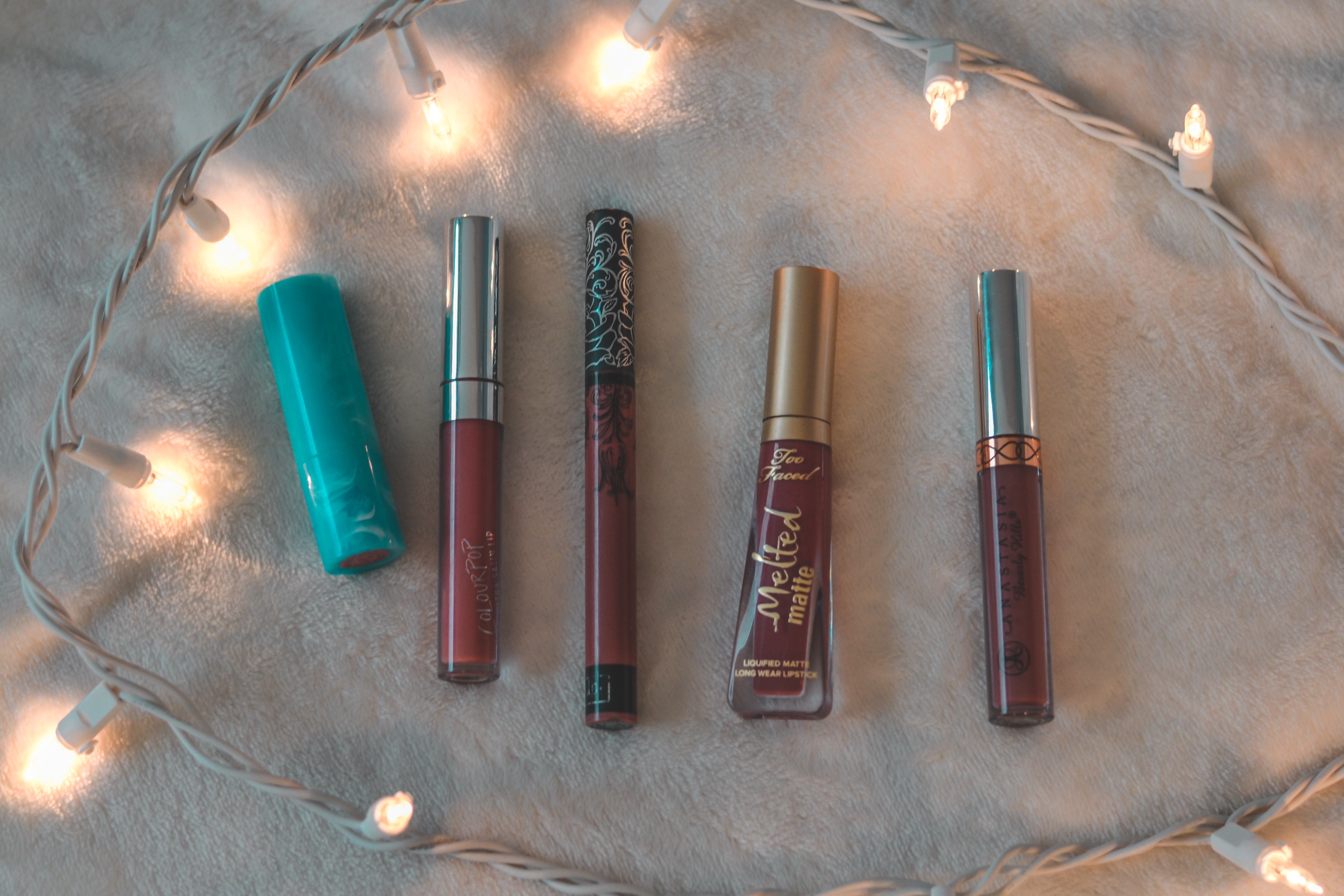 5 Favorite Lip Colors for Every Day Wear // laurensjourney.com